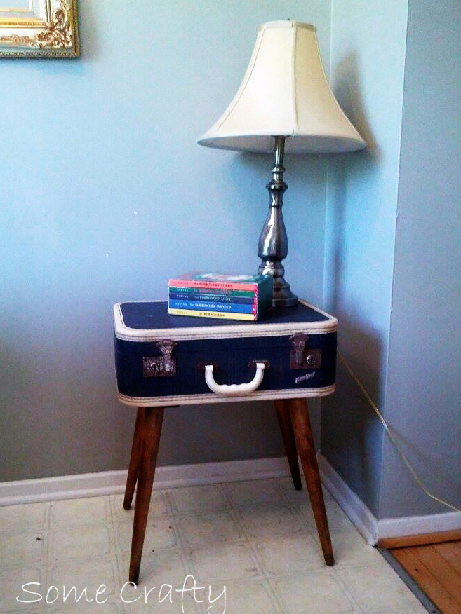 Vintage Suitcase Side Table | SomeCrafty