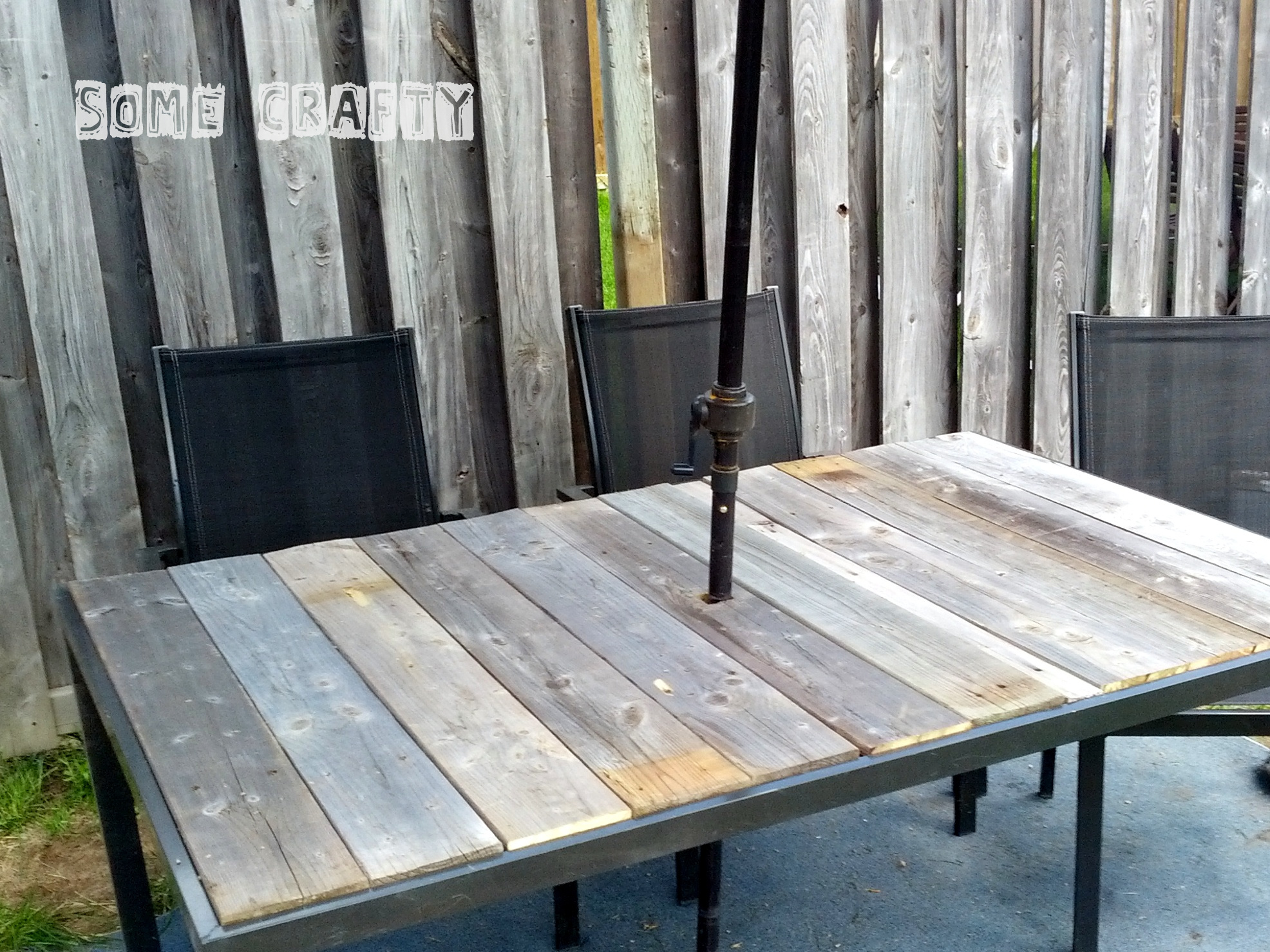 Shabby Chic Farmhouse Style Outdoor Table | SomeCrafty